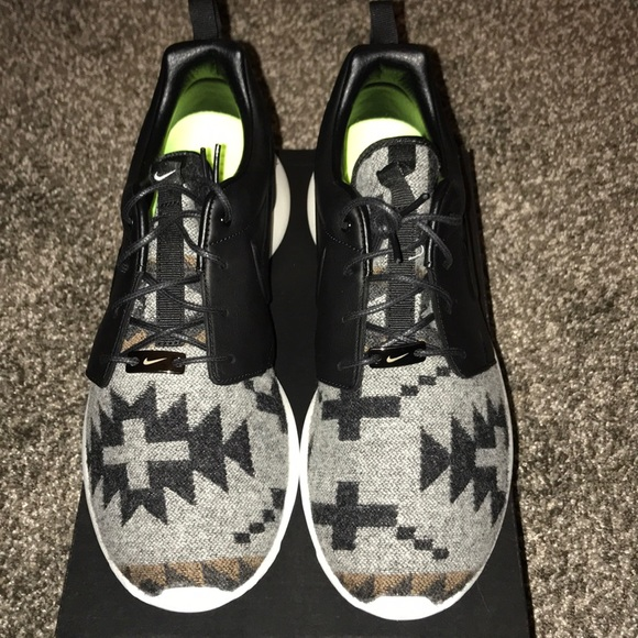 17cf4c8c165d Nike ID Roshe run custom Pendleton shoes